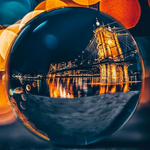 Lens ball London Bridge