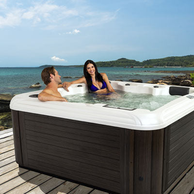 Lake Bluff Hot Tub