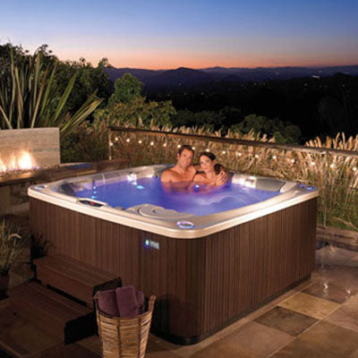 Griffith Hot Tubs On Sale