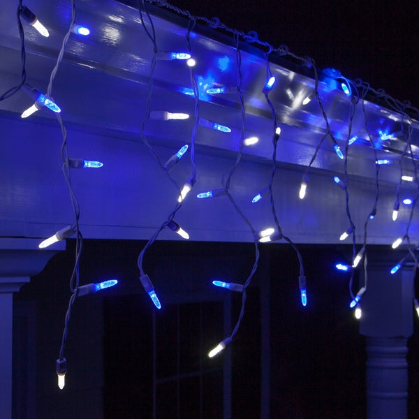 Sylvania 70 Led Cool White Blue Twinkling Icicle Christmas