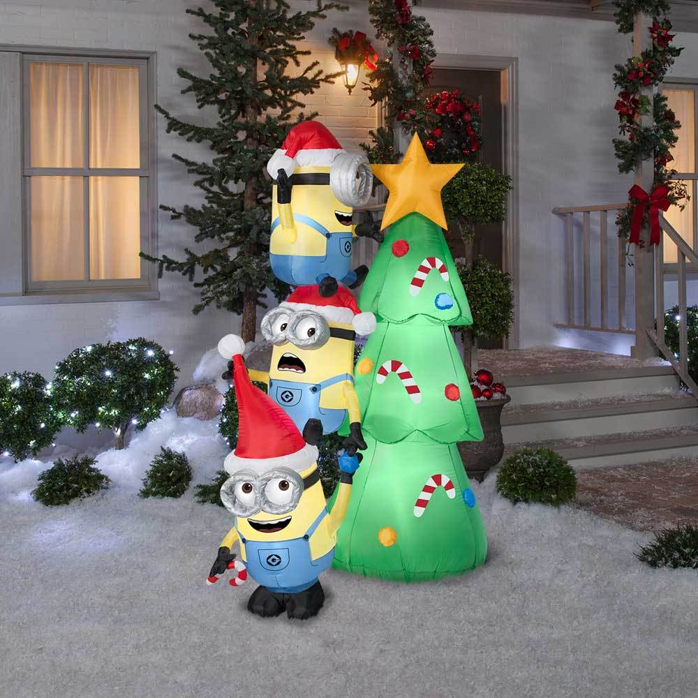 6 airblown inflatable minions decorating tree - Minions Christmas Tree