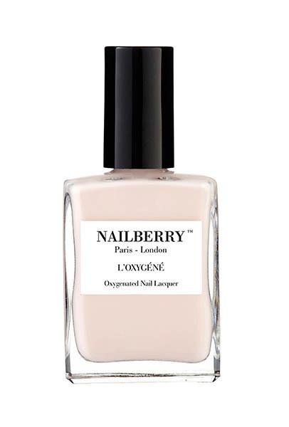 NAILBERRY - ALMOND - SKIN & GOODS