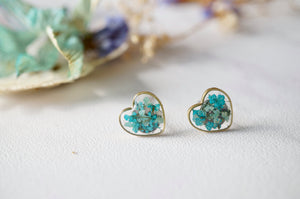Real Dried Flowers and Resin Heart Stud Earrings in Mint and Teal Green Mix