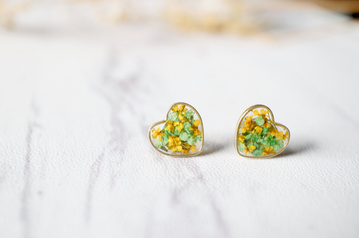 Real Dried Flowers and Resin Heart Stud Earrings in Yellow Green