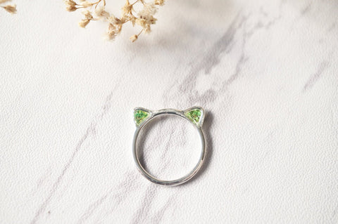 Real Pressed Flowers and Resin Silver Cat Ring in Green