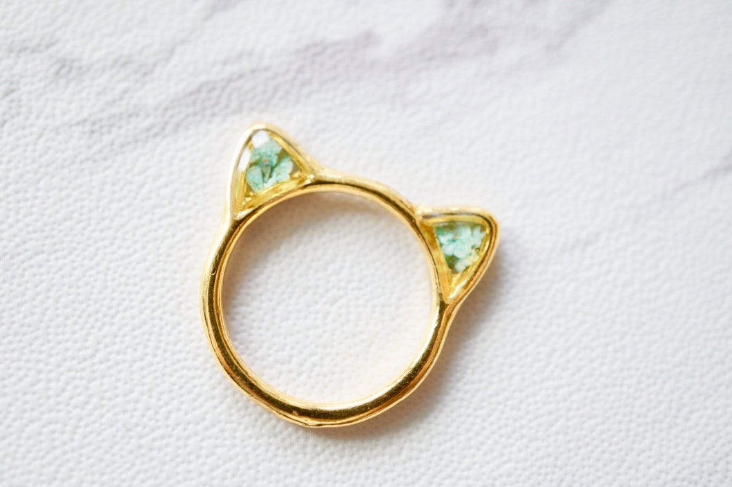 Real Pressed Flower and Resin Gold Cat Ring in Baby Blues