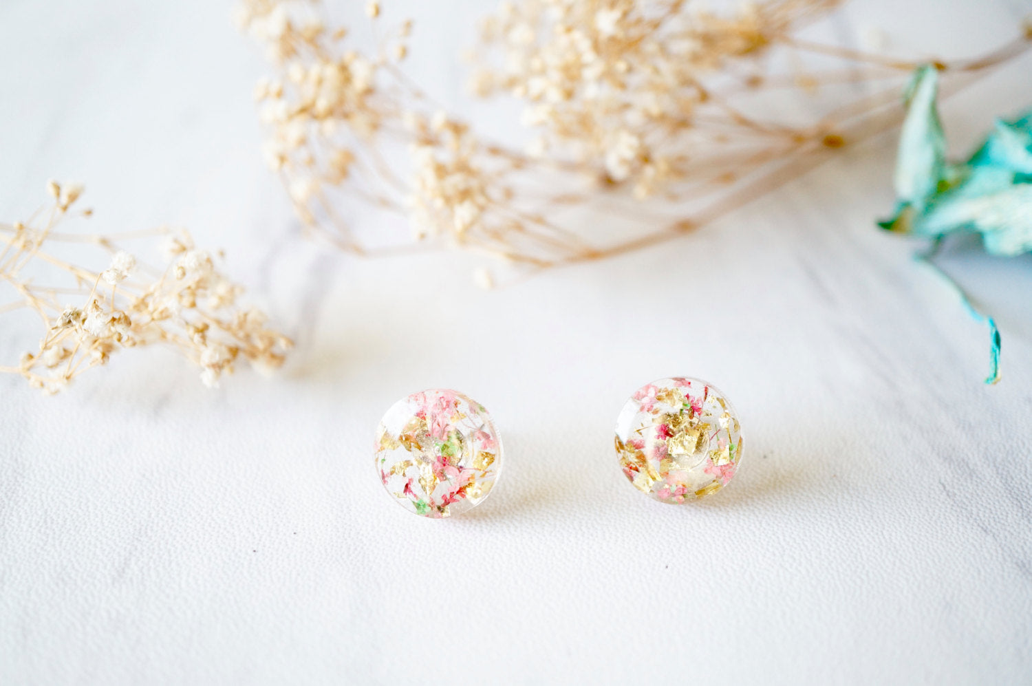 Floral Ring Outer Purple Dream Earring| 100/% Handmade Dry Flower Resin Dreamy Asian Style Earrings Clip On Gold Flakes Vintage