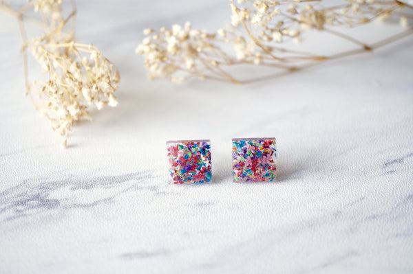 Real Dried Flowers and Resin Square Stud Earrings in Red Mix