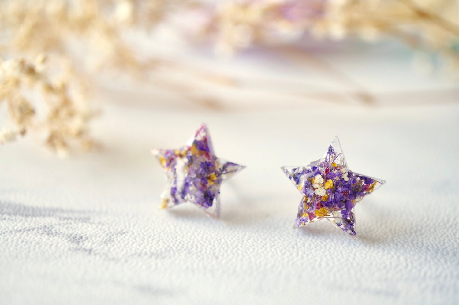 Real Dried Flowers and Resin Star Stud Earrings in Purple Pink Yellow