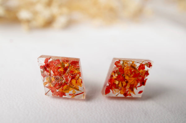 Real Dried Flowers and Resin Diamond Stud Earrings in Red and Orange