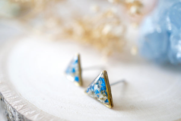 Real Dried Flowers and Resin Triangle Stud Earrings in White and Cobalt Blue