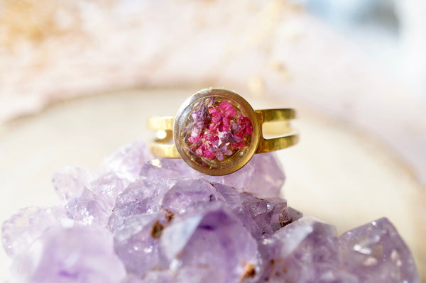 Real Pressed Flower and Resin Ring, Small Gold Circle in Purple and Pink