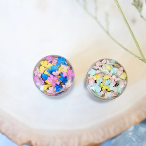 Real Pressed Flowers and Resin, Ear Gauge in Silver, Size 0 Stainless Steel
