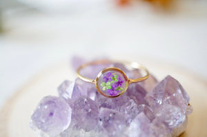 Real Pressed Flower and Resin Ring, Circle Gold Band in Green and Purple