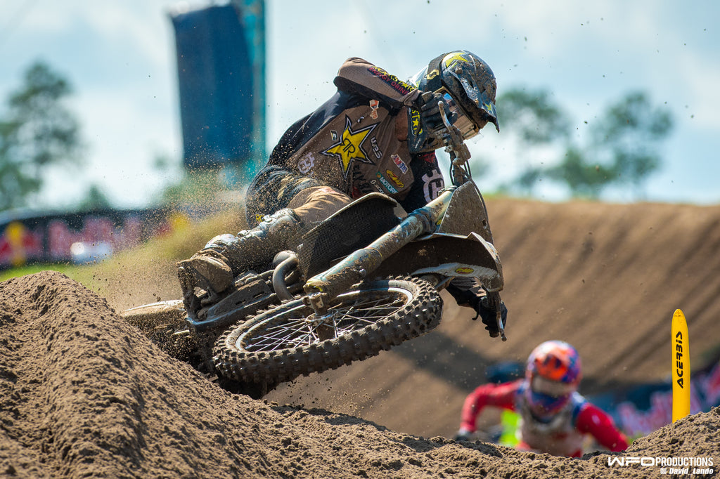 RJ Hampshire charging mid moto at the WW National