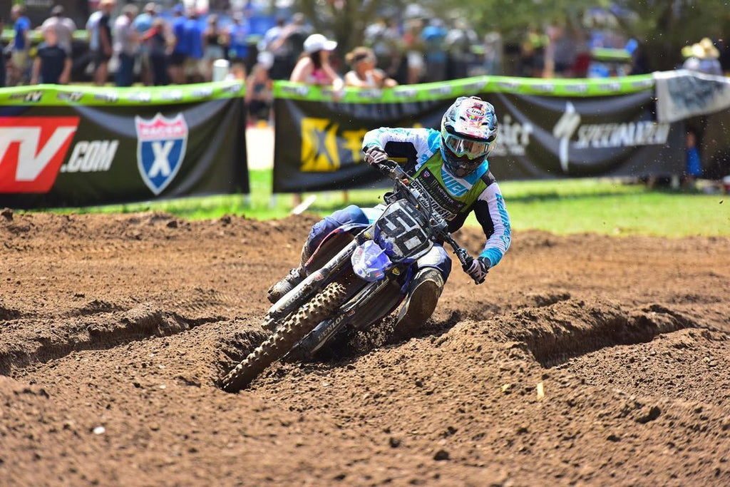 Chandler Baker gutting it out and riding through the pain at the 2020 Loretta Lynn's Amateur National Championship
