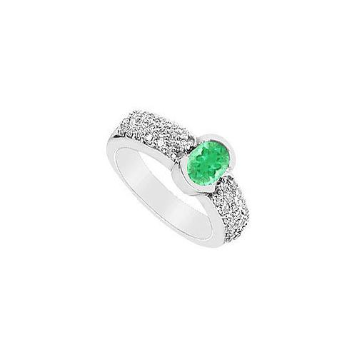Emerald and Diamond Ring : 14K White Gold - 1.75 CT TGW