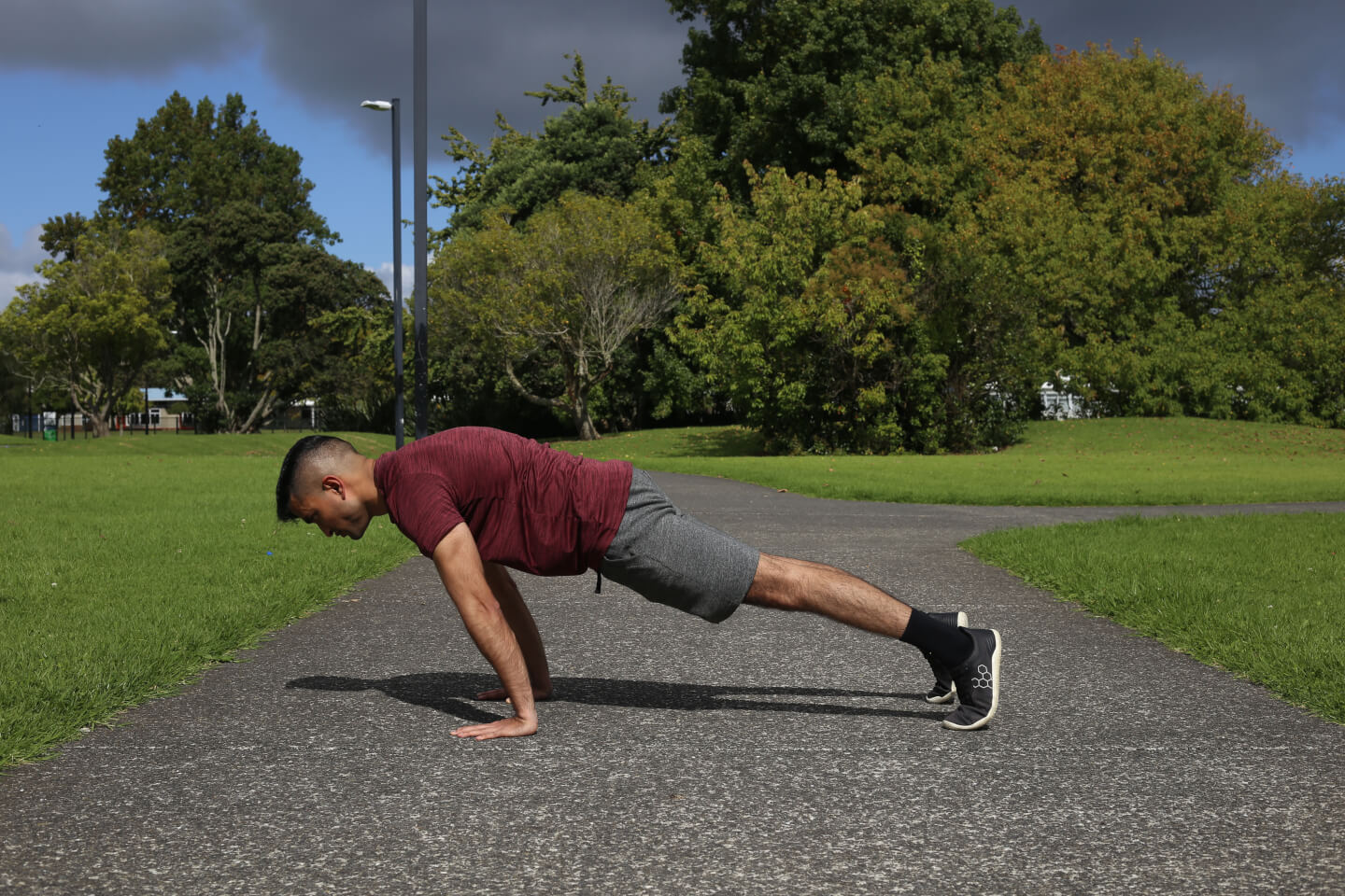 Dinesh the Lifestyle PT showing the planche lean