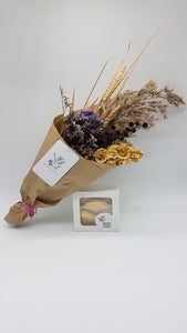 The Perfect Thankyou: Mini dried posy + Hooley Dooley Cookies