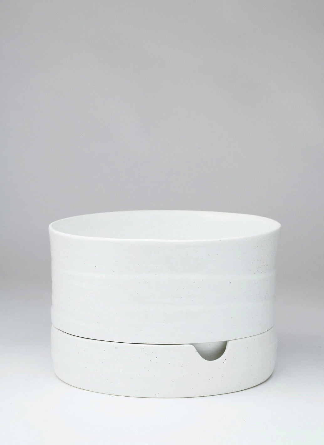 Self Watering Plant Pot Mid White Speckle (250mm Pot Size)