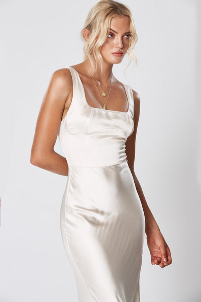 Winona Lady Of The Night Dress - Pearl