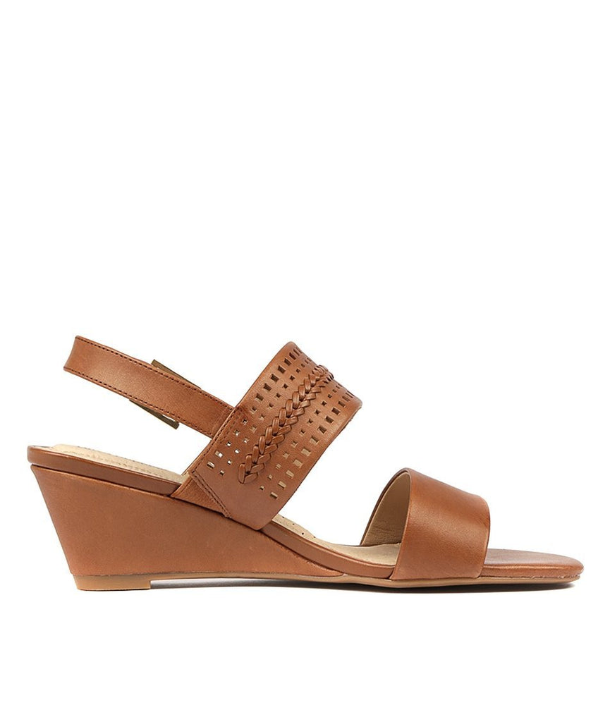 Erica Sandal Wedges | Hush Puppies | Brecha