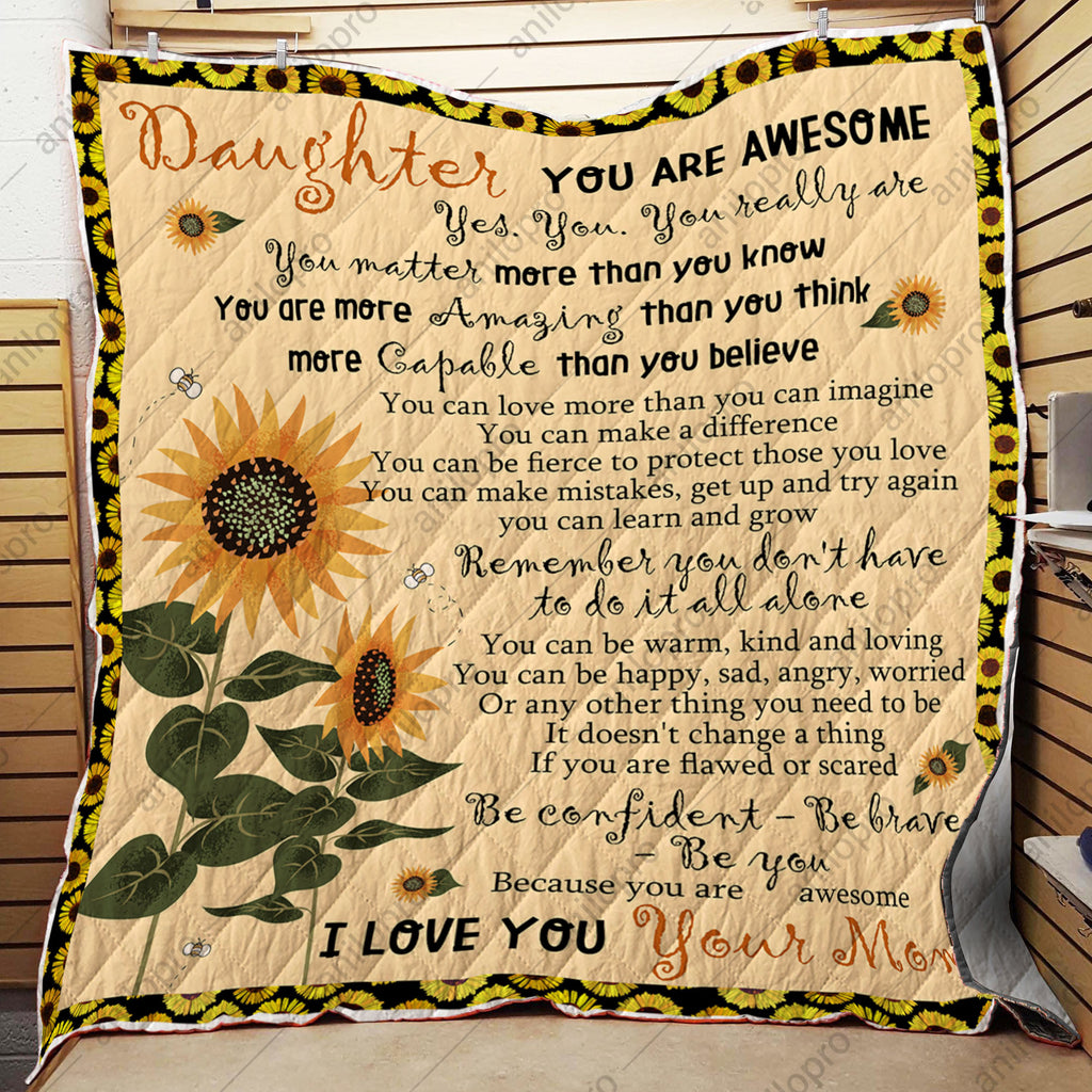 QUILT - MOM TO DAUGHTER - YOU ARE AWESOME