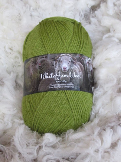 White Gum Wool 8Ply Wild Orchid