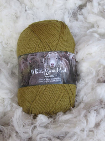 White Gum Wool 8Ply Sedge