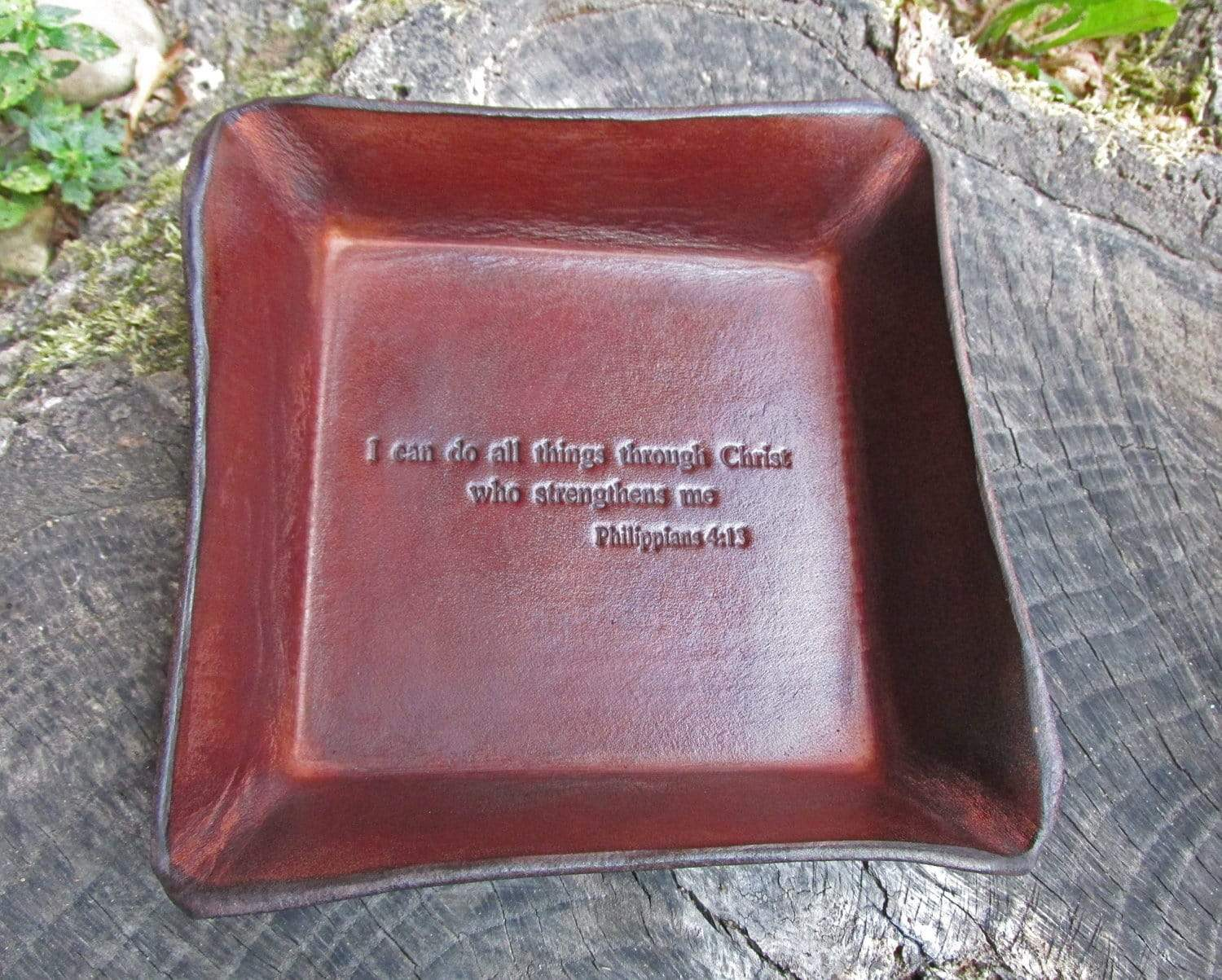 Philippians 4:13 leather valet tray.