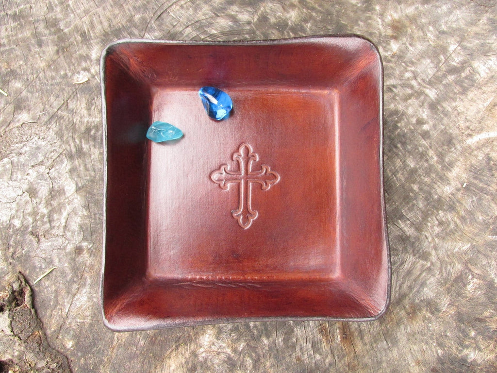 Religious cross leather desk valet. Brown