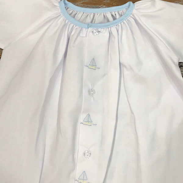 Day Gown - White w/ Sailboats