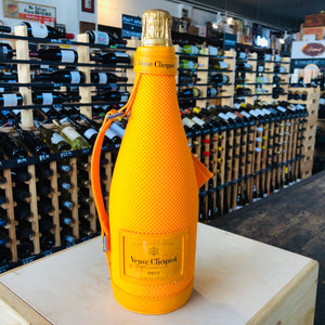 VEUVE CLICQUOT BRUT ICE JACKET 750ML
