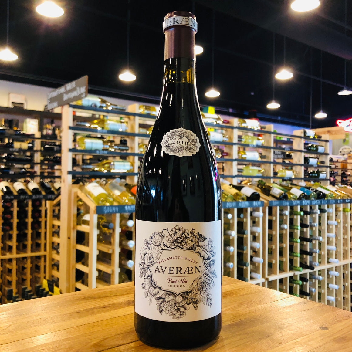 AVERAEN WILLAMETTE VALLEY PINOT NOIR 2019 750ML