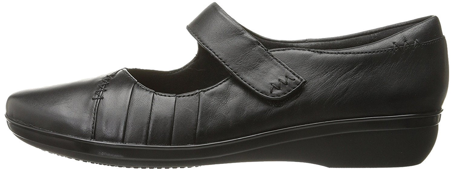 CLARKS Women's Everlay Daphne Mary Jane Flat