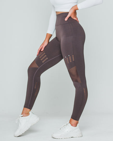 PERFORATED SEAMLESS SV3 LEGGINGS | COFFEE - Dark Apparel