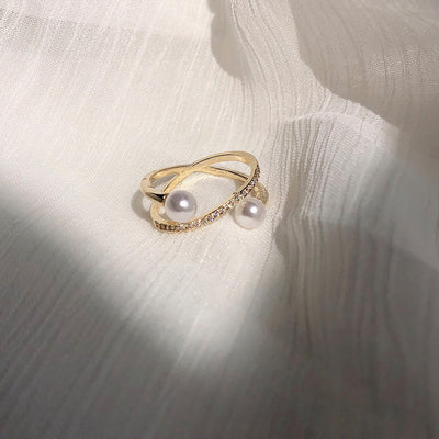 Fannie Faux Pearl Chic Ring