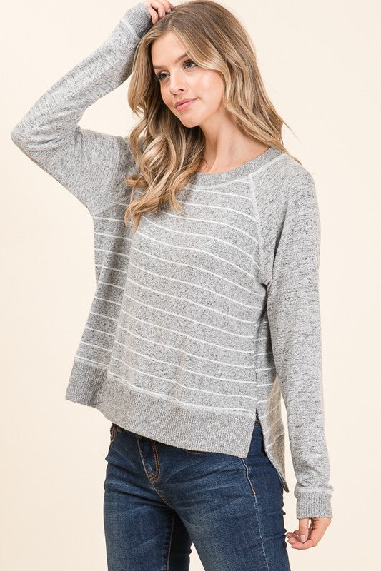ROUND NECK STRIPE AND SOLID CONTRAST TOP