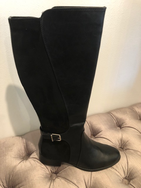 TALL BLACK BOOT