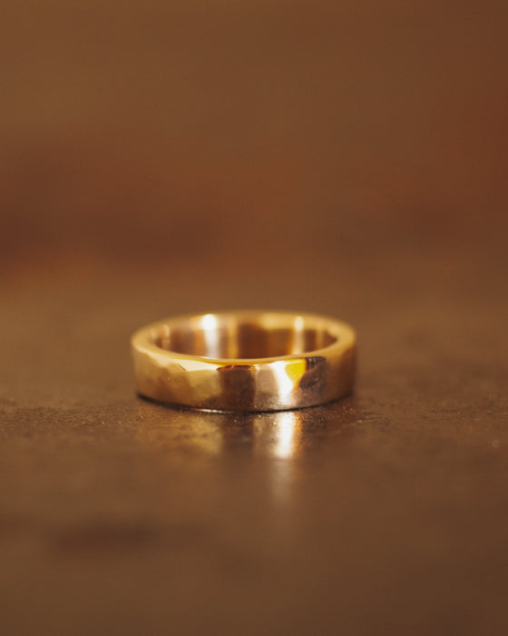 9k New Zealand Gold Hammered Ring - 4mm wide