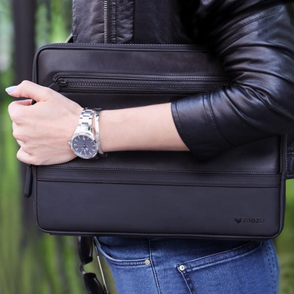 Mozo Black edition sneaker laptop sleeve 13