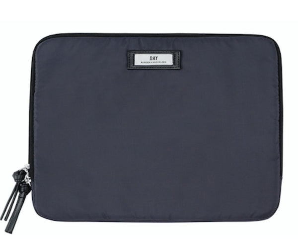Day gweneth laptop sleeve