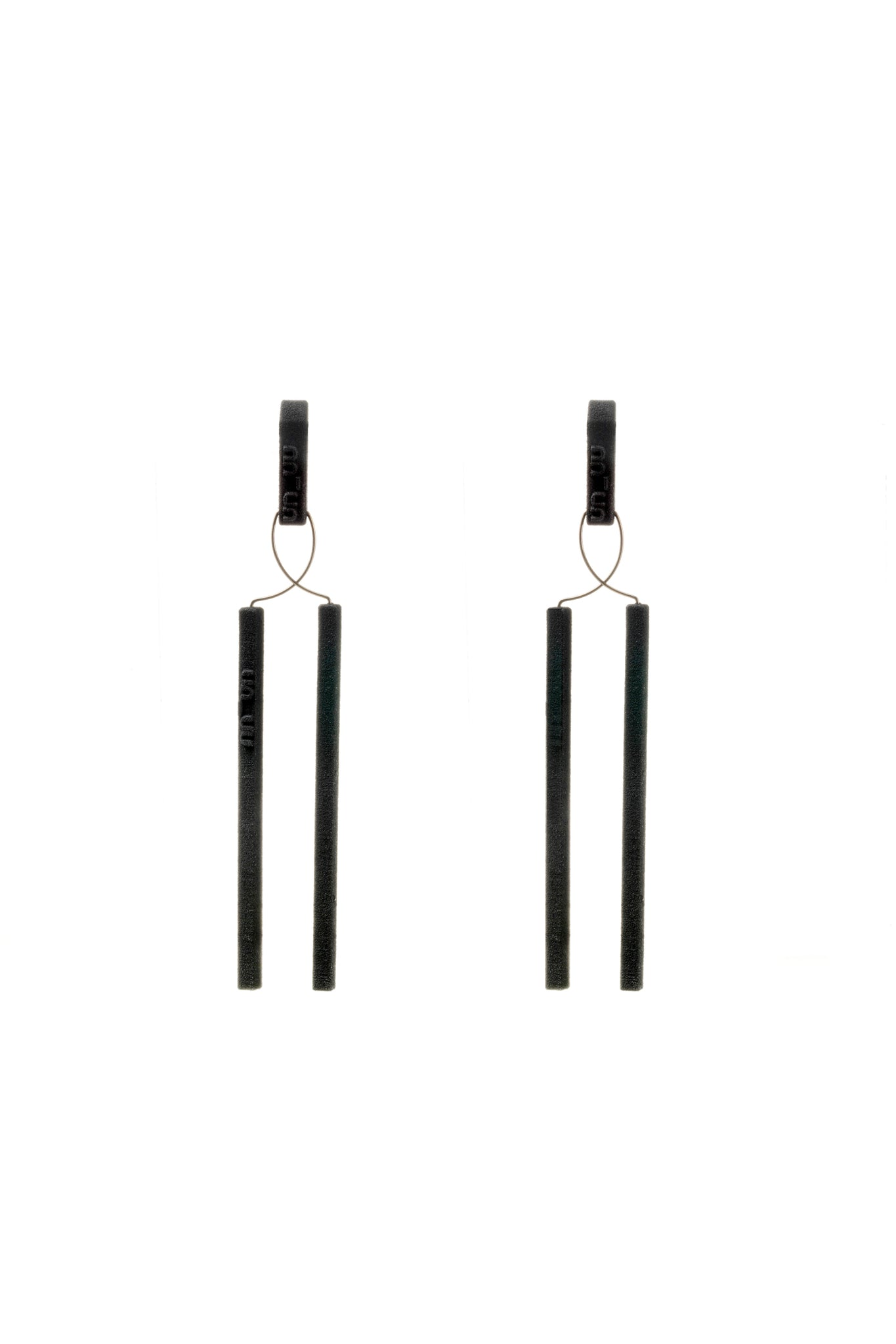 Hanging Lines Earring - Un_wearable by Güzin