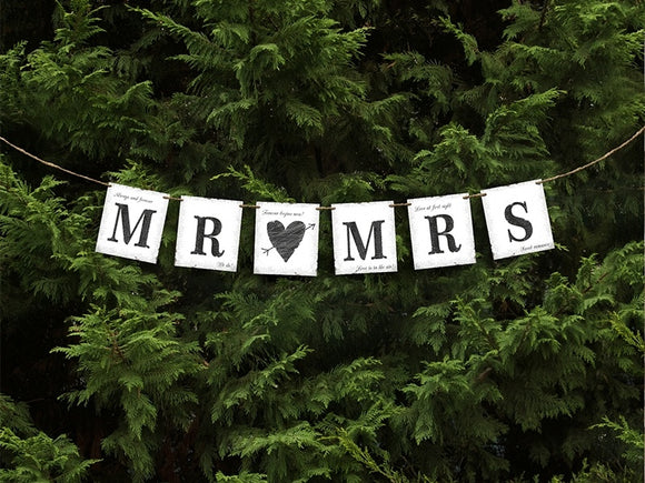 Rustic Wedding Banner 'Mr & Mrs'