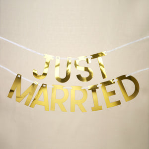 Wholesale Gold Just Married Bunting