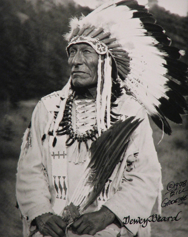 Black Elk: And while I stood there