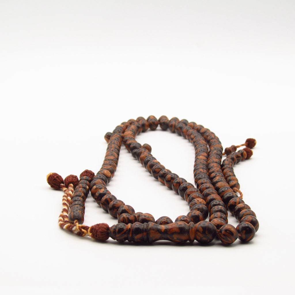Details of large cinnamon rosary