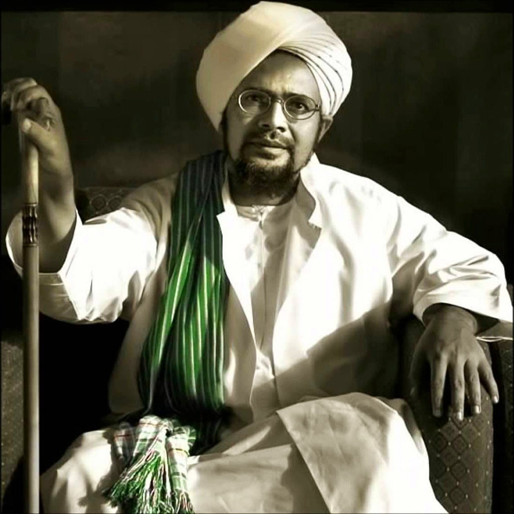 Traditional Habirah Yemeni Shawl worn by Habib Umar