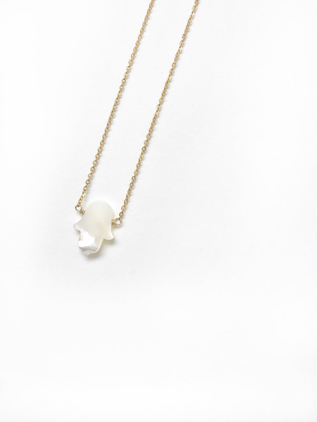 Mother Pearl Hand Gold Necklace - LoobanysJewelry