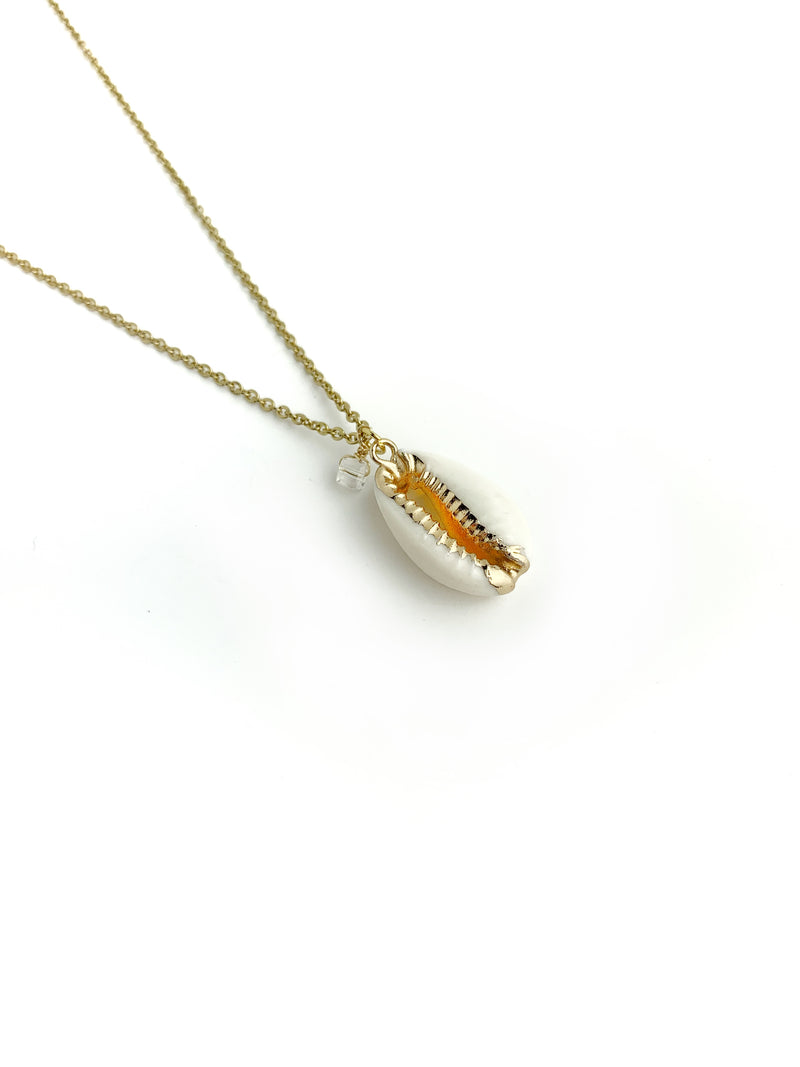 Golden Line Cowrie Shell Necklace - LoobanysJewelry